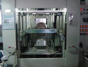 汽车蓄电池外壳焊接机
